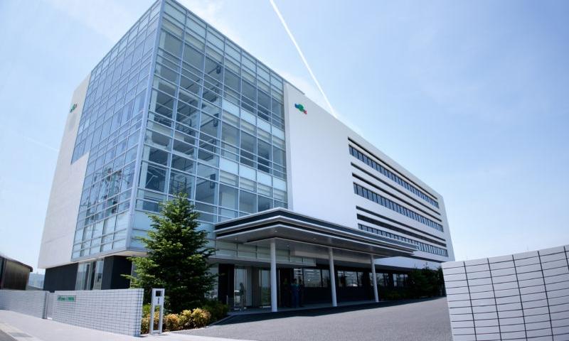 紀州技研社屋(昼)
